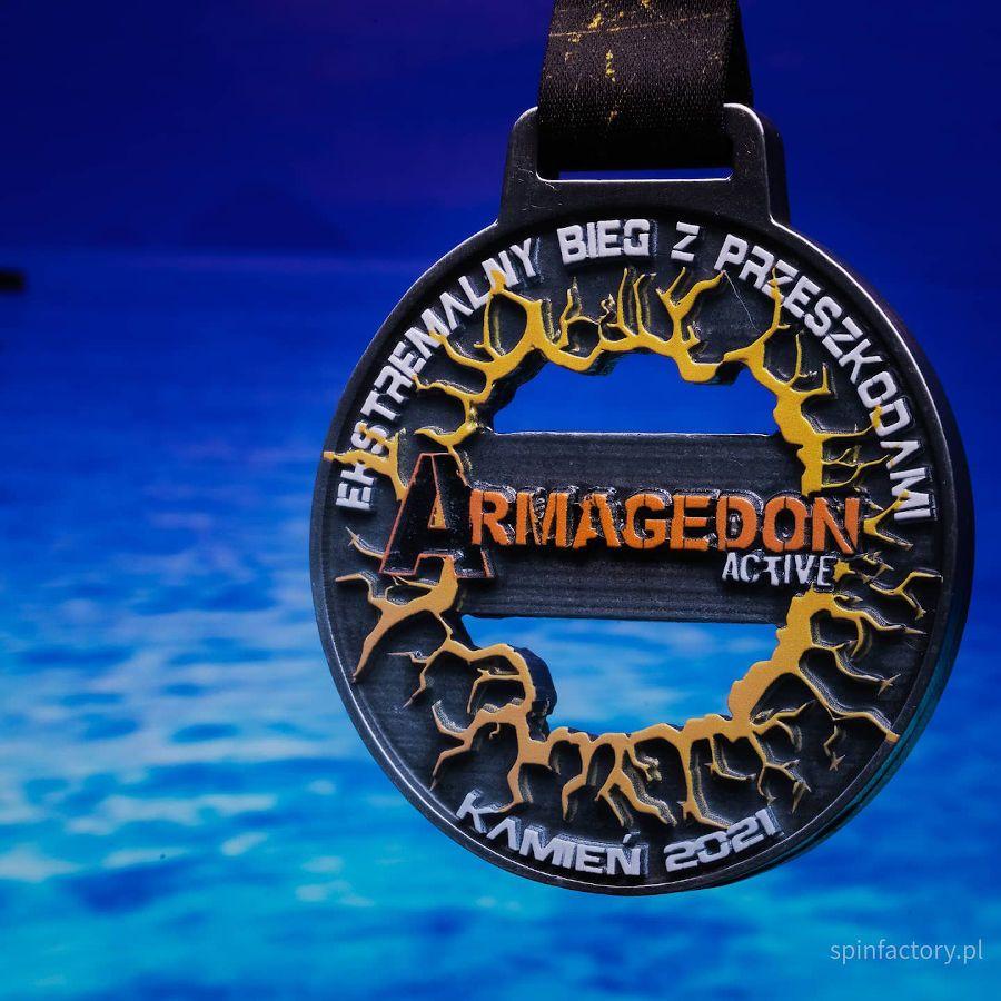 Kolorowy medal odlewany
